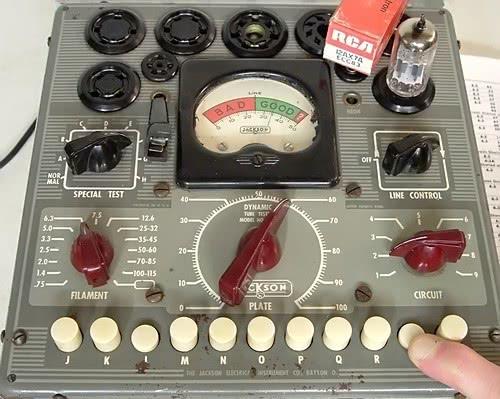 Jackson 634 testing RCA 12AX7A dual triode tube